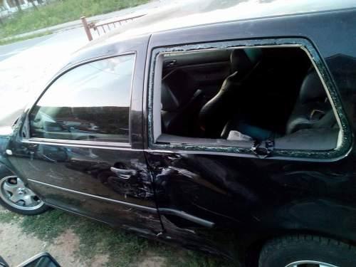 У Братунцу мотоциклисти муслимани разлупали аутомобил Недељка Петровића