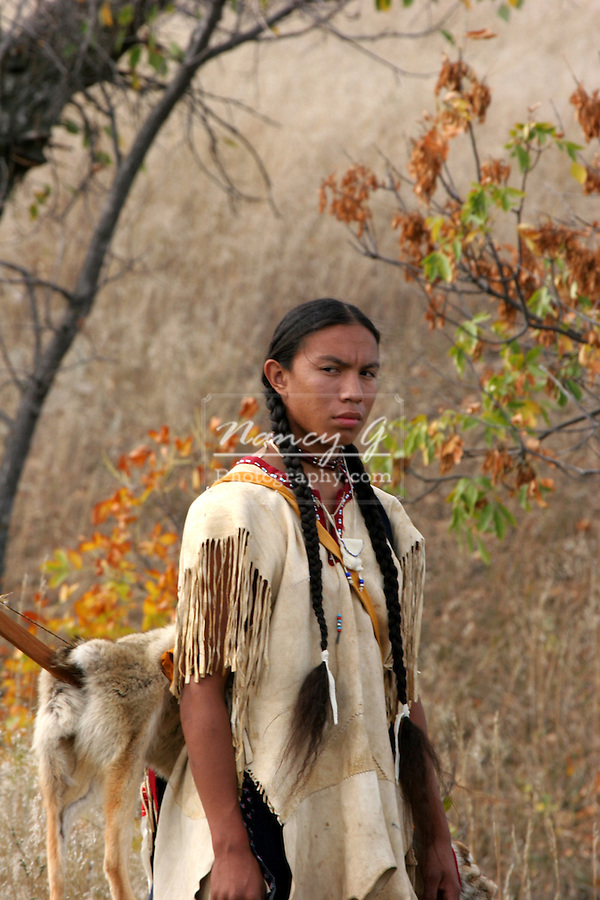 Wallpaper Sioux Falls A Native American Indian Man In The Prairie Of South