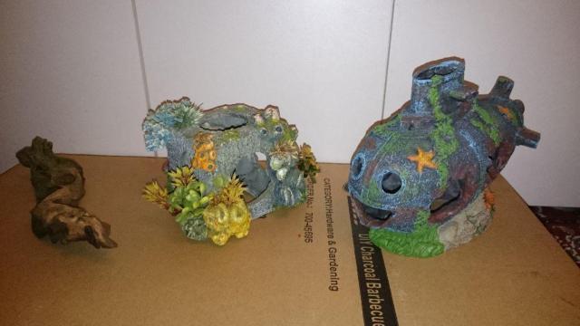 fish tank ornaments | United Kingdom | Gumtree
