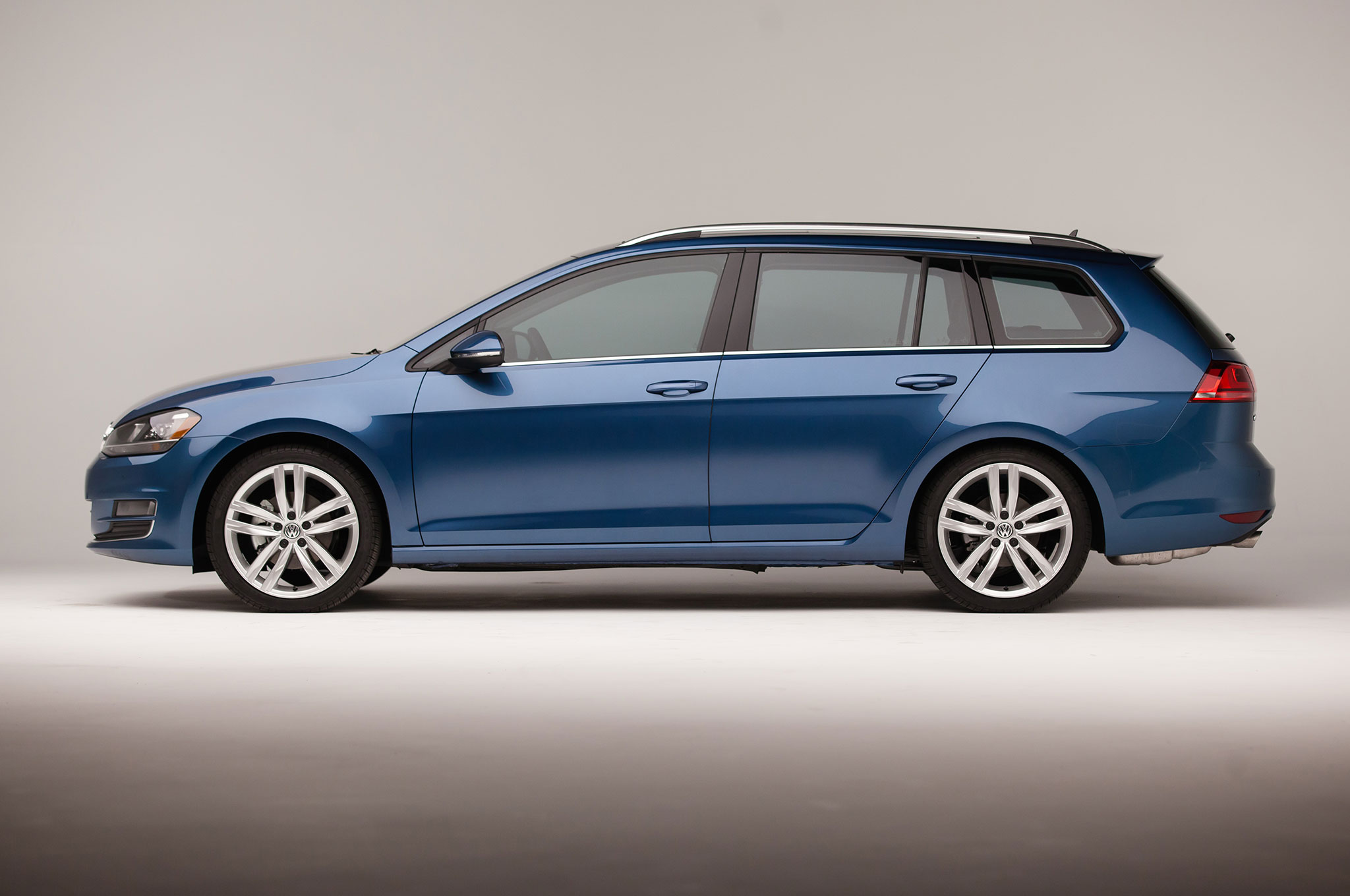 Coole Sportwagen 2015 Volkswagen Golf Sportwagen Priced From 22 215