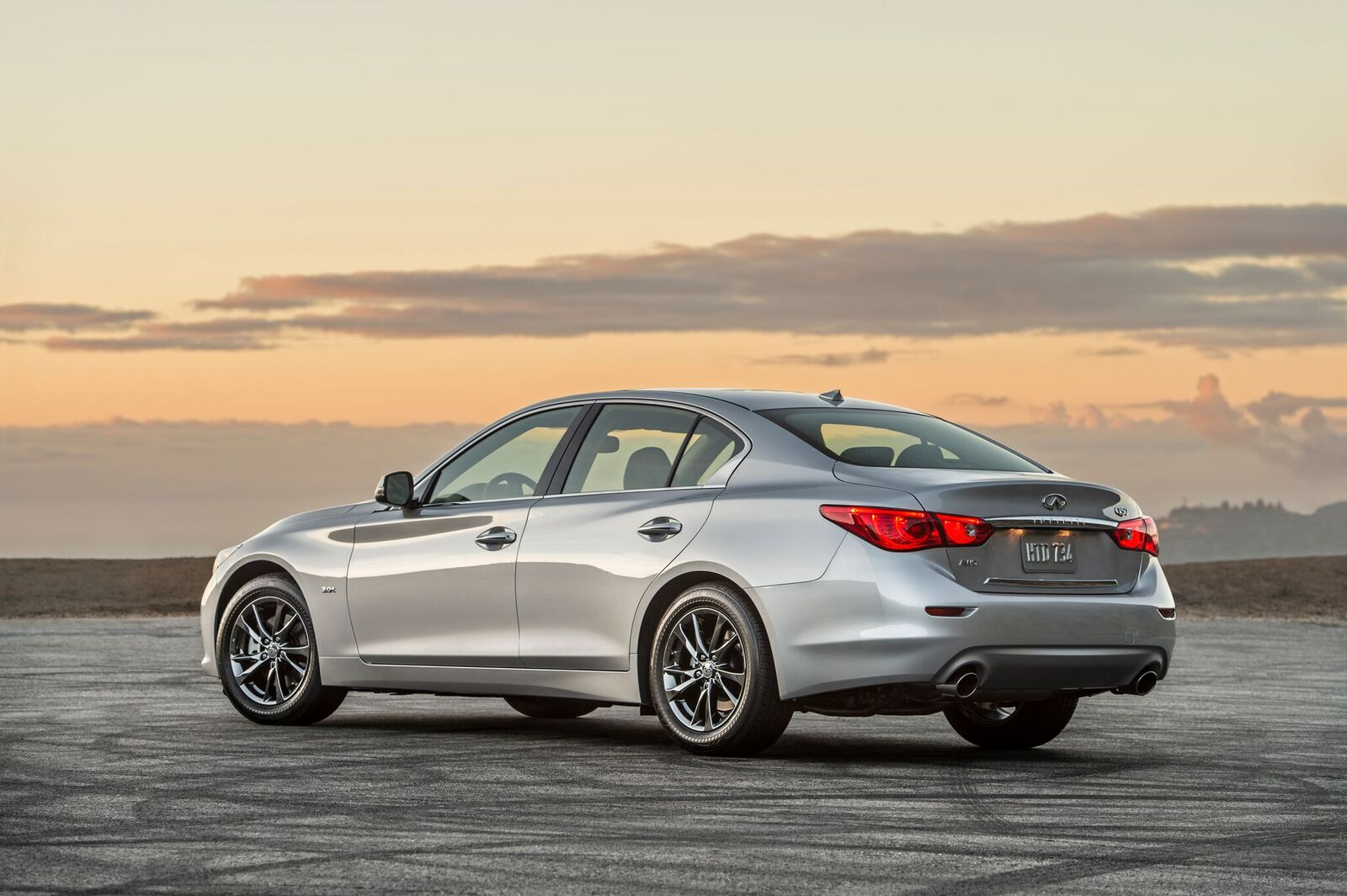 Infinity Sign Wallpaper Hd 2017 Infiniti Q50 3 0t Signature Edition Is A Fancy