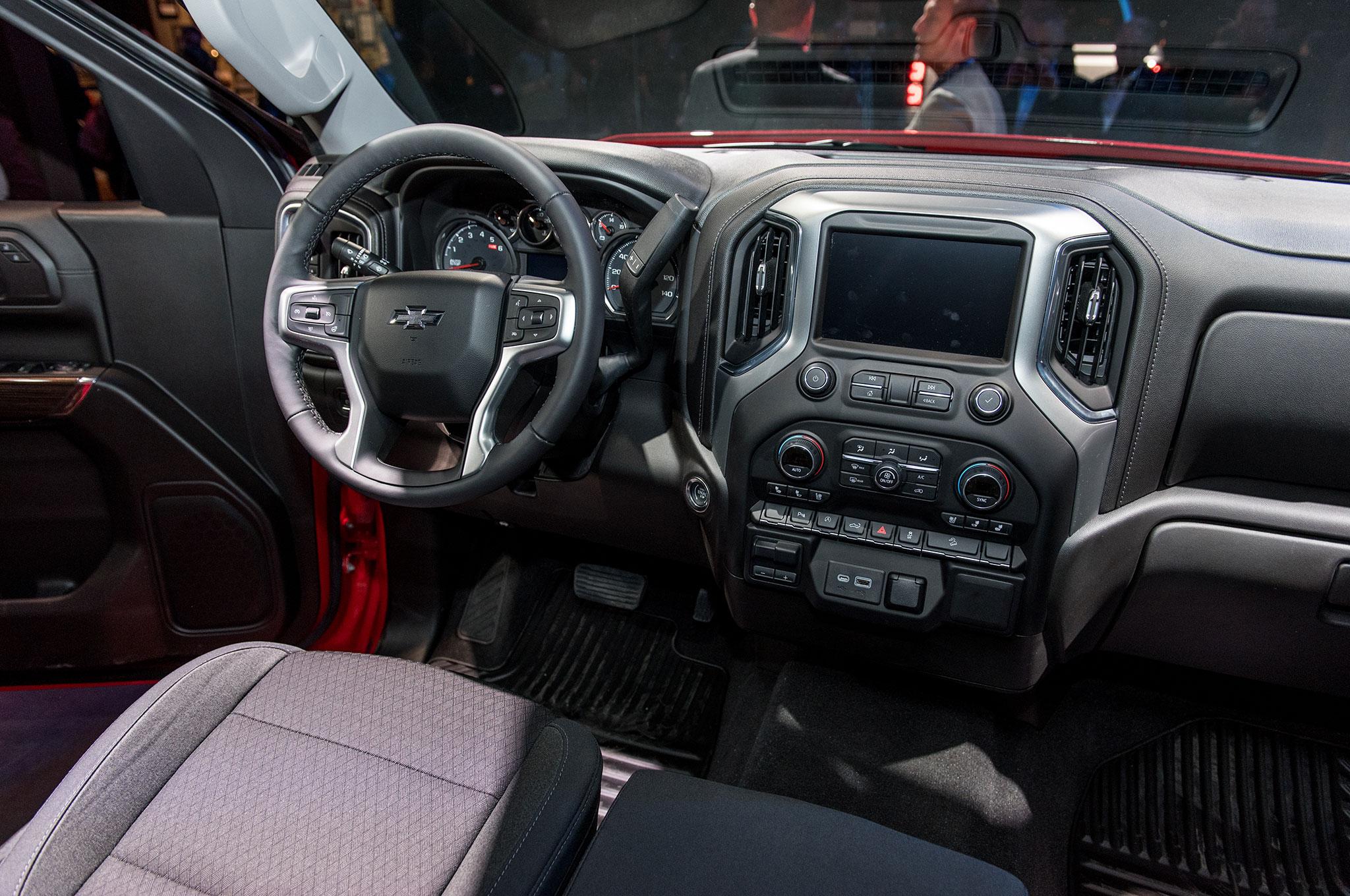 Lifted Truck Iphone Wallpaper Silveradosierra Com Gmc Sierra 2018 Vs 2019 Ecotec3 5
