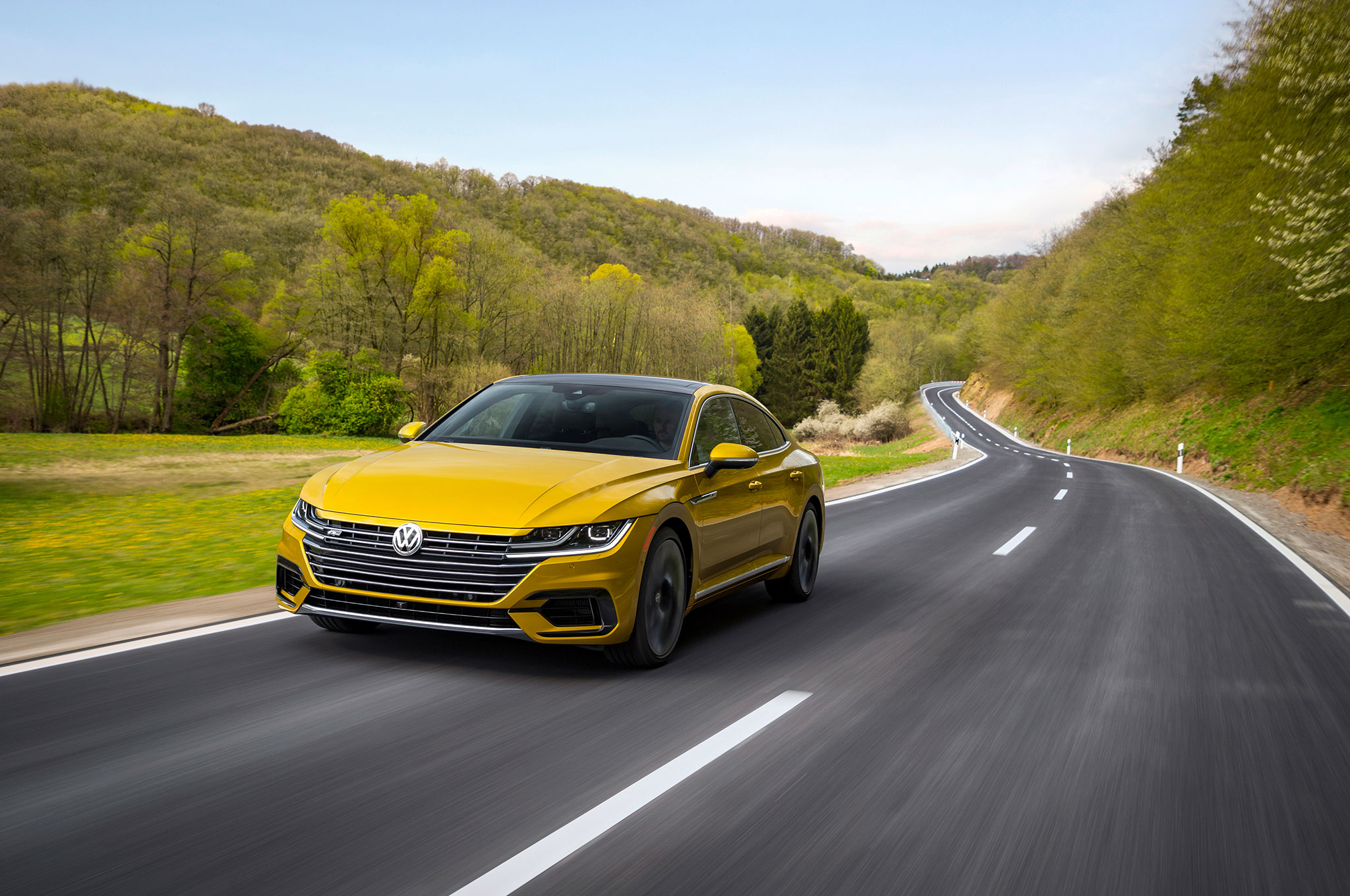 Arte Replay Mustang 2019 Volkswagen Arteon R Line Package Is New York Bound