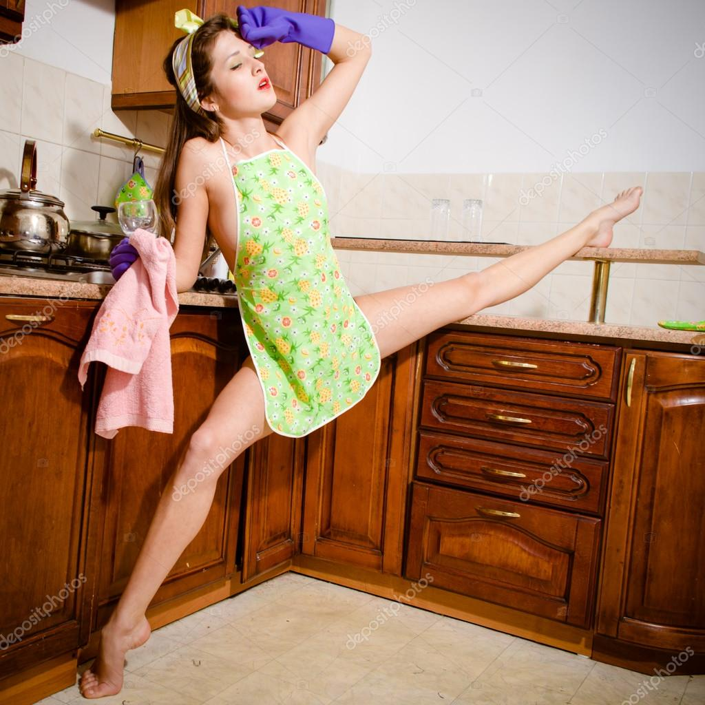 Nackte Frauen In Der Küche Young Beautiful Super Flexible Woman Pinup Girl In Purple
