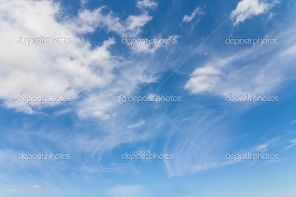 Fondo nubes azul \u2014 Foto de stock © york_76 #32459047 - fondo nubes