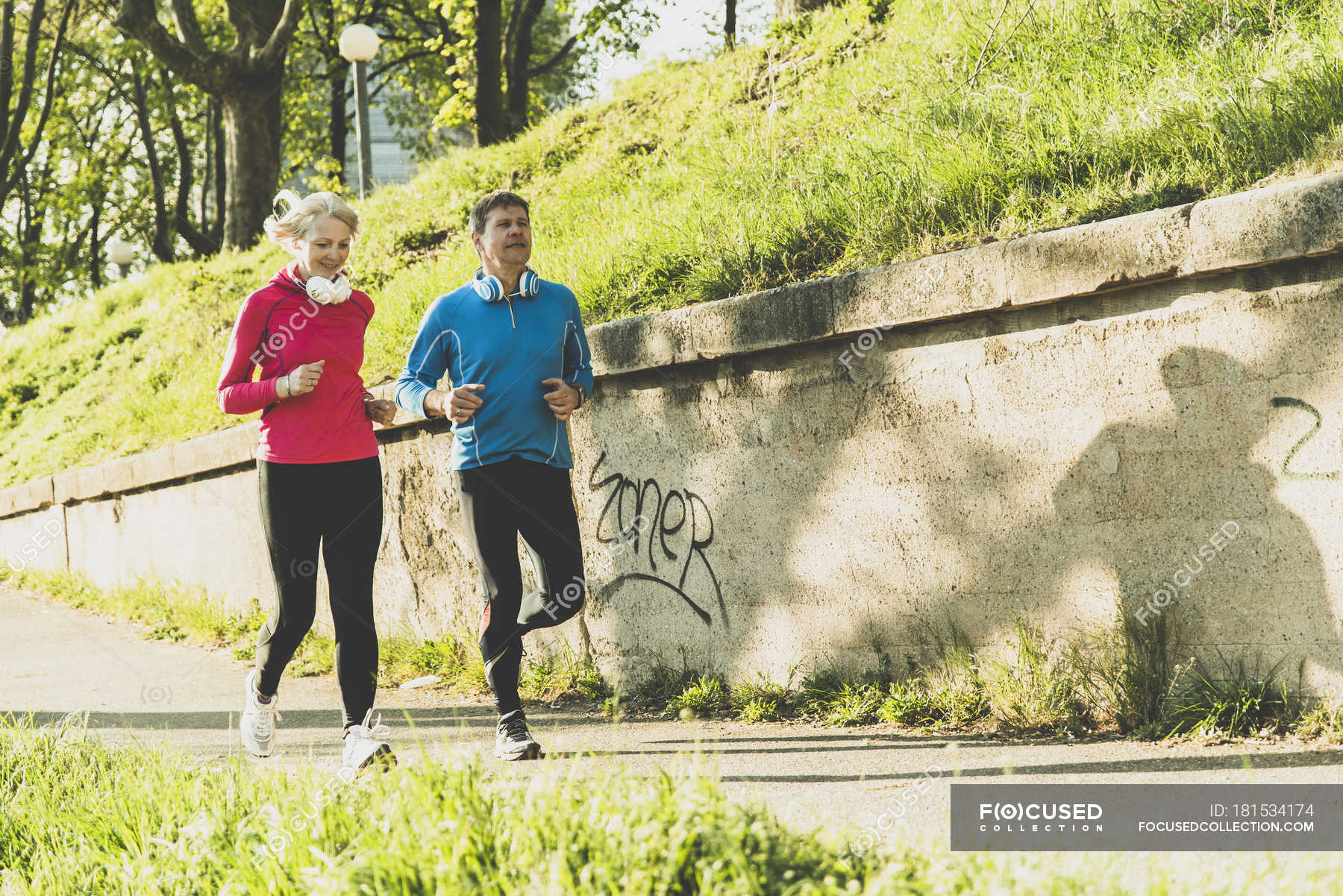 Fitness Mannheim Germany Mannheim Mature Couple Jogging In The City Healthy