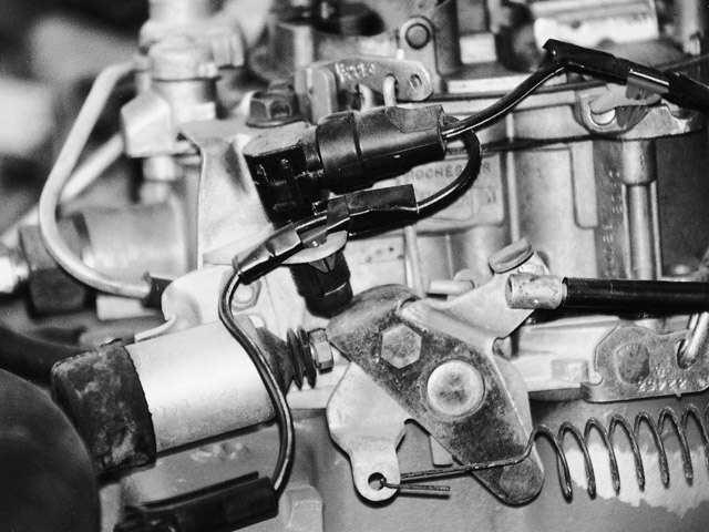 Pontiac Shaker Hood Scoops - Tech Articles - Hot Rod Network