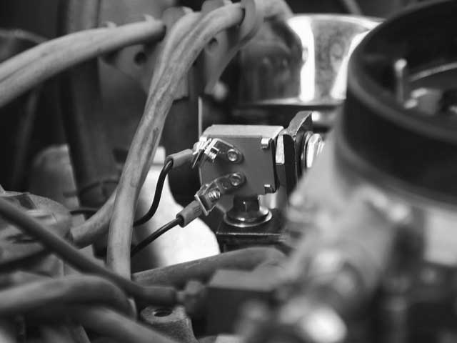 Transmission Kickdown Switch Install - Tech Articles - Hot Rod Network
