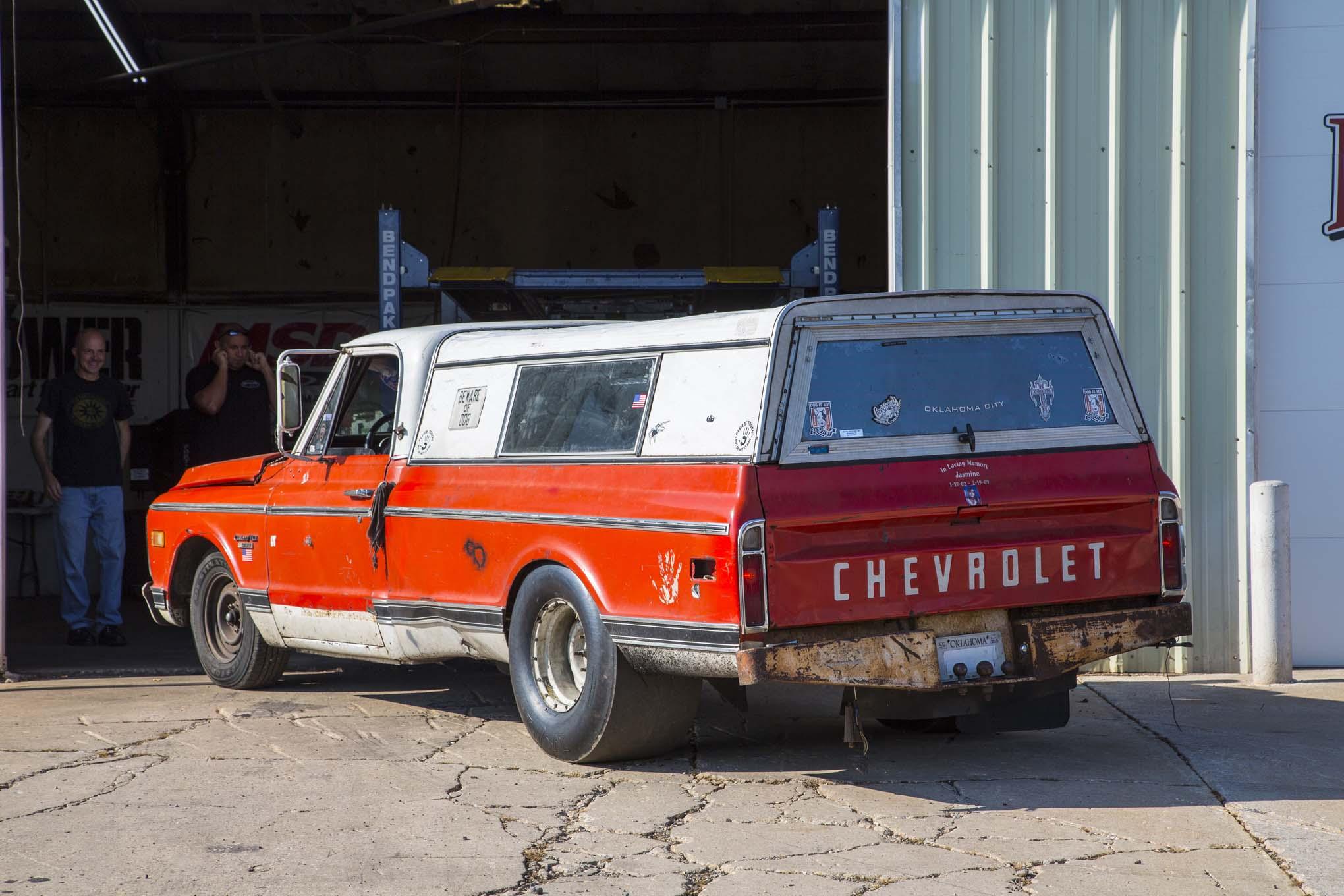 All Car Logos Wallpapers Sneak Peek At Street Outlaws Farmtruck S New Engine Combo