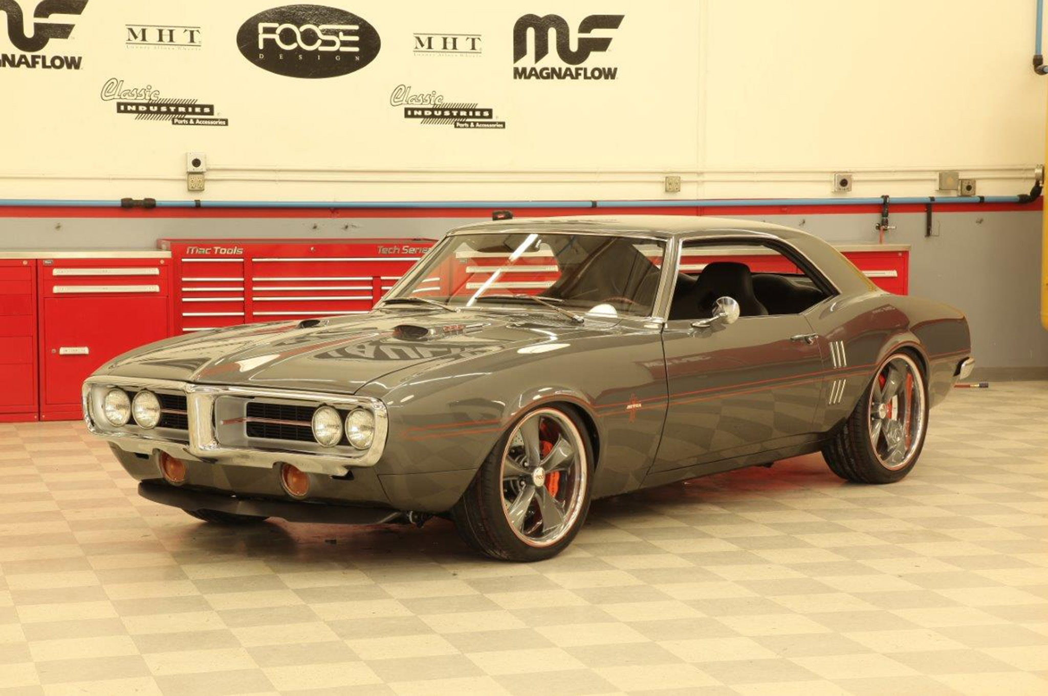 Muscle Car Photos Wallpaper Chip Foose Tapes The Last Overhaulin Tv Show Hot Rod