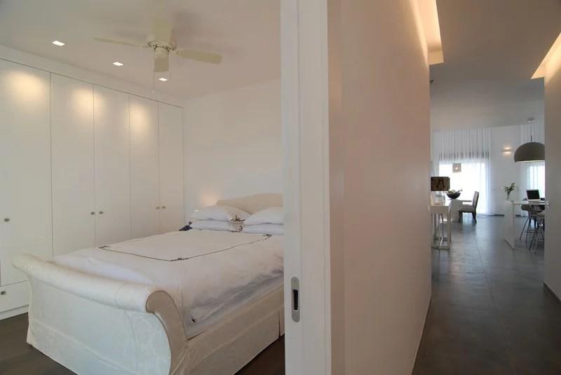 10 astuces pour optimiser l 39 espace d 39 une petite chambre journal des bonnes nouvelles. Black Bedroom Furniture Sets. Home Design Ideas