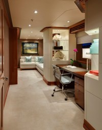 THE BOLD AND THE BEAUTIFUL: LIVING LARGE IN SMALL SPACES...