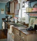 Vintage Cottage Farmhouse Kitchen