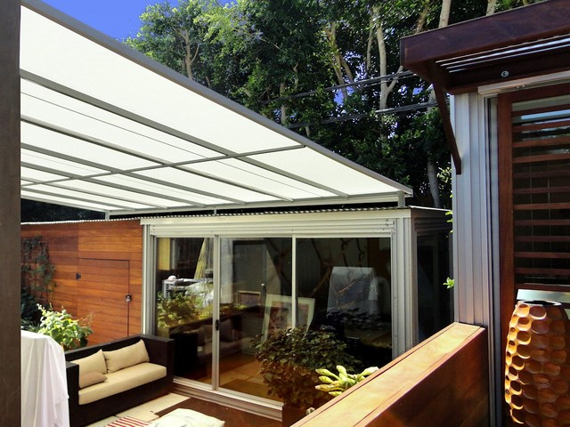Mobilier Exterieur Residence Flat Panel Patio Cover - Contemporary - Deck - Los Angeles