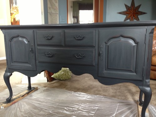New Metal Kitchen Cabinets The Difference Between Milk Paint And Chalk Paint