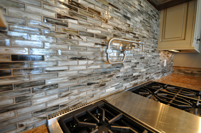 tozen glass tile kitchen backsplash contemporary kitchen tile kitchen backsplash contemporary kitchen metro