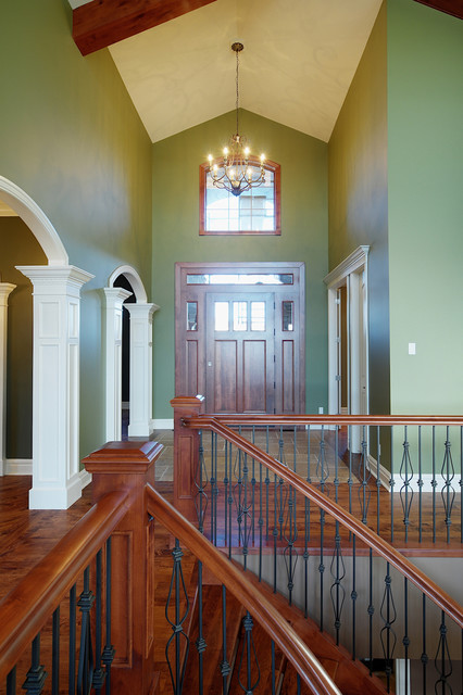 Vaulted foyer