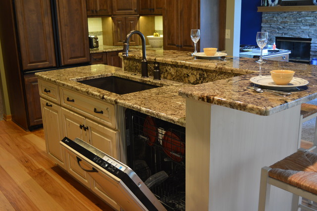 Kitchen Islands With Dishwasher Dishwasher And Sink In The Island