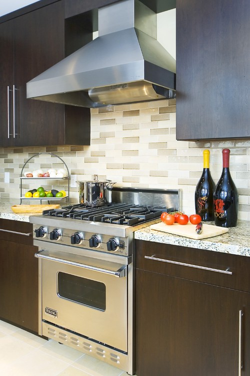 backsplash cherry cabinets dark grey granite counter kitchen backsplash ideas cherry cabinets cherry kitchen cabinets