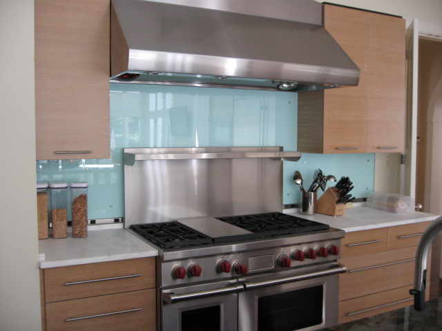 glass backsplash modern kitchen metro kitchen backsplash contemporary kitchen metro