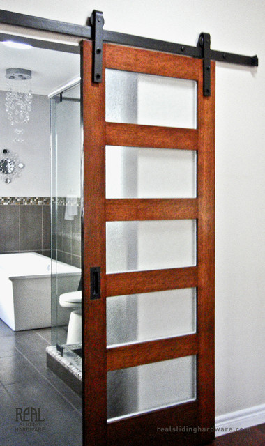 Puertas Correderas De Cristal Para Cocinas Leroy Merlin Bathroom Barn Door Hardware - Traditional - Bathroom