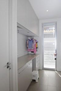 Family home, Melbourne Australia - Contemporary - Laundry ...