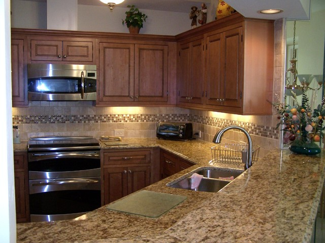 maple kitchen cabinets interior color design kitchen color ideas kitchen color ideas maple cabinets home design ideas