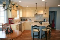 Country Style Colonial Kitchen - Farmhouse - Kitchen ...