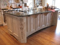 French Country Kitchen Island - Traditional - Kitchen ...