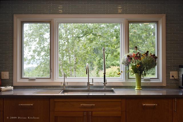 backsplash window louisiana kitchen tile backsplash glass tile backsplash slightly glitzier alternative
