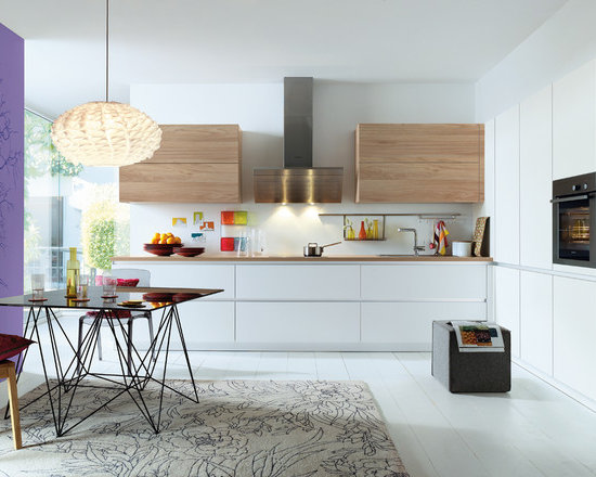 mid sized shaped kitchen design ideas remodels photos small shaped eat kitchen design photos flat panel