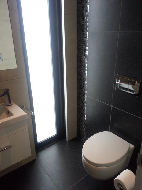 Blue mountain ivory black tiled bathroom 47 capriana dr
