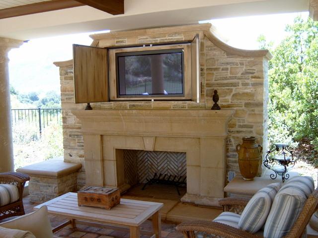 Fireplace And Flatscreen