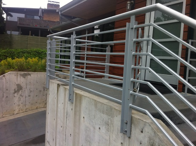 Horizontal Contemporary Railing systems