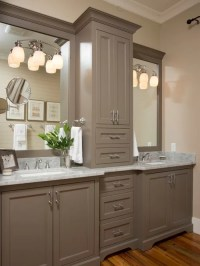 Farmhouse Master Bathroom Design Ideas, Remodels & Photos