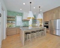 Beach Style Kitchen Design Ideas, Renovations & Photos ...