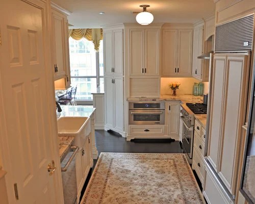 type kitchen dining mid sized traditional galley kitchen design photos small traditional galley eat kitchen design photos medium