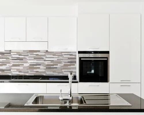 backsplash traditional kitchen design ideas glass tile backsplash pick kitchen backsplash tiles modern kitchens