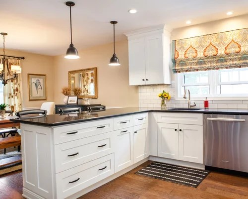 small traditional eat kitchen design photos peninsula eat kitchen ideas small kitchens small farmhouse kitchen design