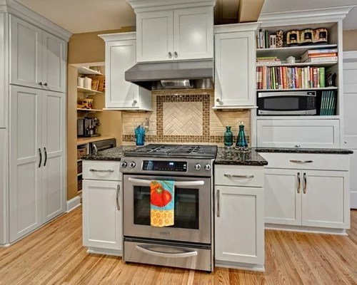premium small traditional kitchen design ideas remodels photos small traditional galley eat kitchen design photos medium