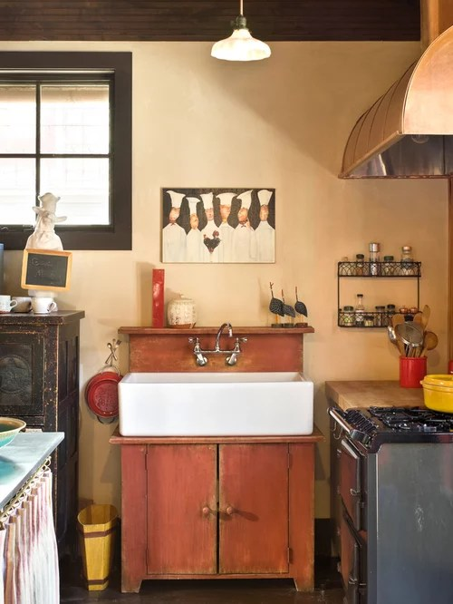 Best Small Country Kitchen Design Ideas & Remodel Pictures | Houzz