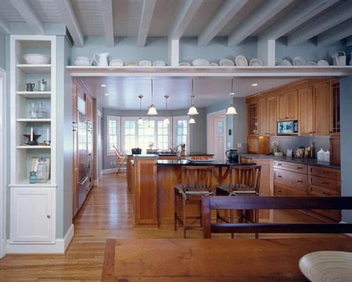 mid sized galley kitchen design ideas remodel pictures small traditional galley eat kitchen design photos medium