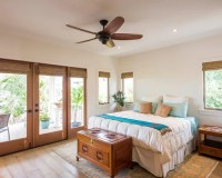 5,347 Tropical Bedroom Design Ideas & Remodel Pictures | Houzz
