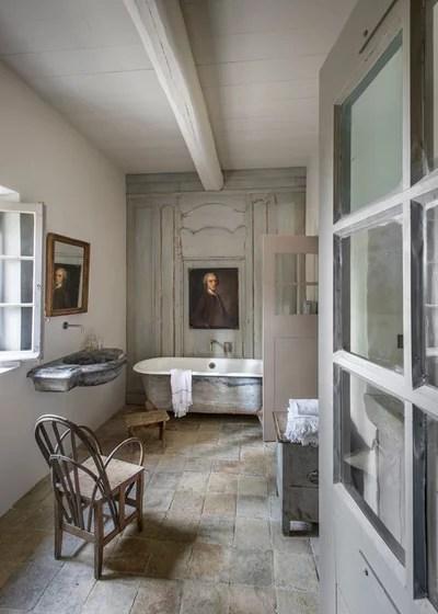 Houzzbesuch Charmanter Landhaus-Neubau, der ganz schön alt aussieht - badezimmer 30er jahre