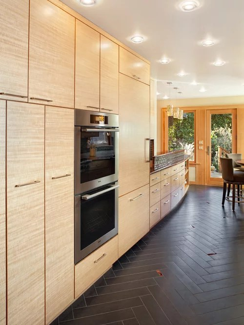 Houzz | Full Height Upper Cabinets Design Ideas & Remodel Pictures