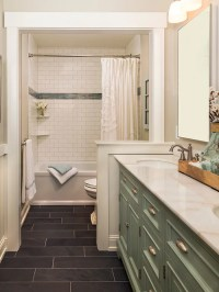 Best Traditional Bathroom Design Ideas & Remodel Pictures ...