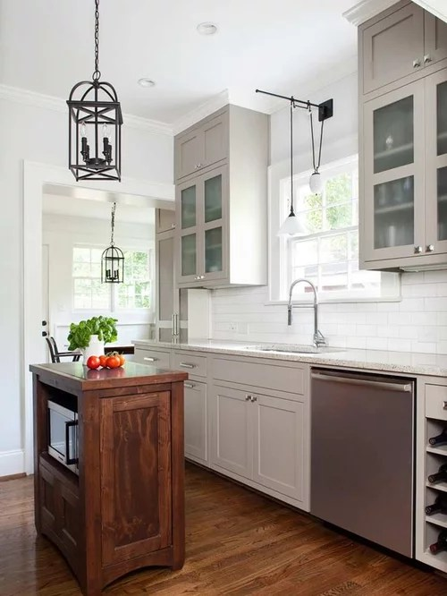 mid sized traditional kitchen design ideas remodels photos small traditional galley eat kitchen design photos medium