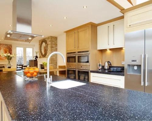 kitchen design ideas remodels photos stone tile backsplash inspiration small transitional single wall eat kitchen