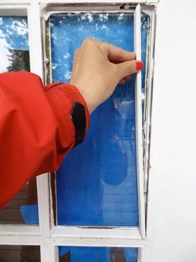 Diy Fix: How To Repair A Broken Glass Door Pane
