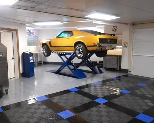Racedeck Floored Home Garage With Infloor Car Lift